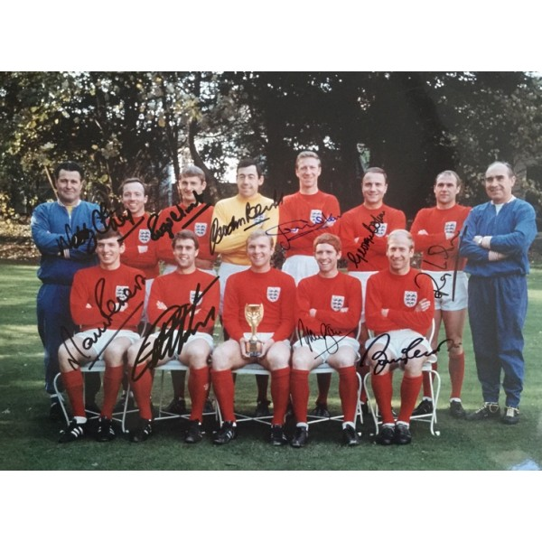 Multi signed 16x12 England 1966 World Cup photo