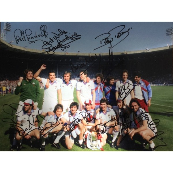 1980 signed West Ham FA Cup Final 16x12 large photo signed by starting XI and John Lyall