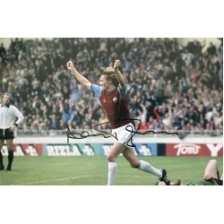 Alan Taylor signed 12x8 West Ham colour photo