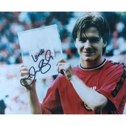 David Beckham signed 10x8 Photograph ( Manchester United Home kit )
