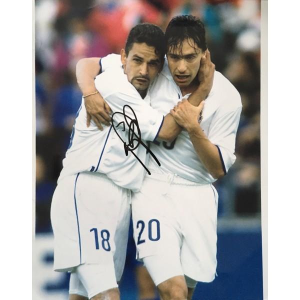 Roberto Baggio signed Italy 10x8 photo