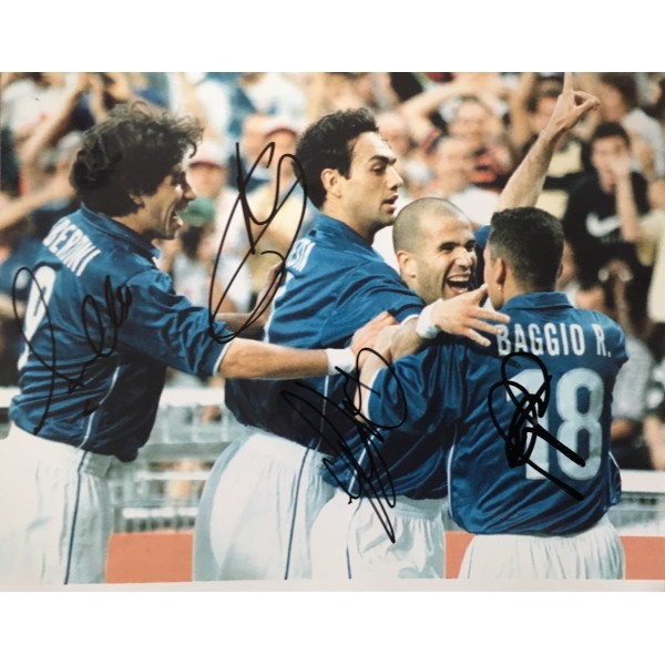Roberto Baggio, Luigi Di Biagio, Alessandro Nesta & Demetri Albertini signed Italy 10x8 photo