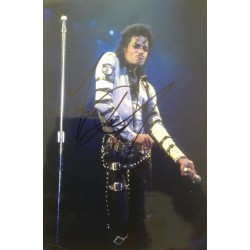 Michael Jackson rare genuine signed 12x8 colour photo