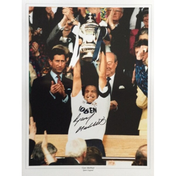 Gary Mabbutt signed 16x12 colour photo