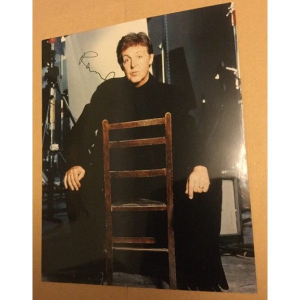 Paul McCartney (The Beatles) signed 10x8 colour photo