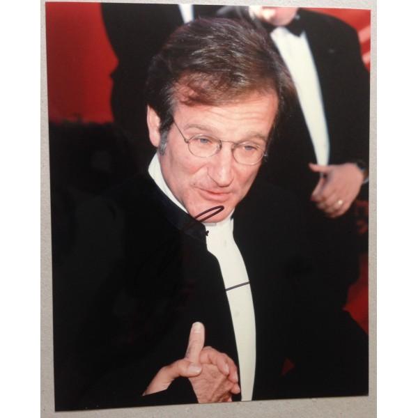 Robin Williams signed 10x8 colour photo