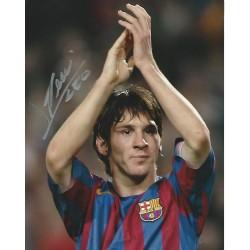 Lionel Messi signed 12x8 colour photo