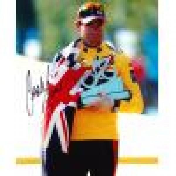 Cadel Evans signed 10x8 Image B Tour de France photo