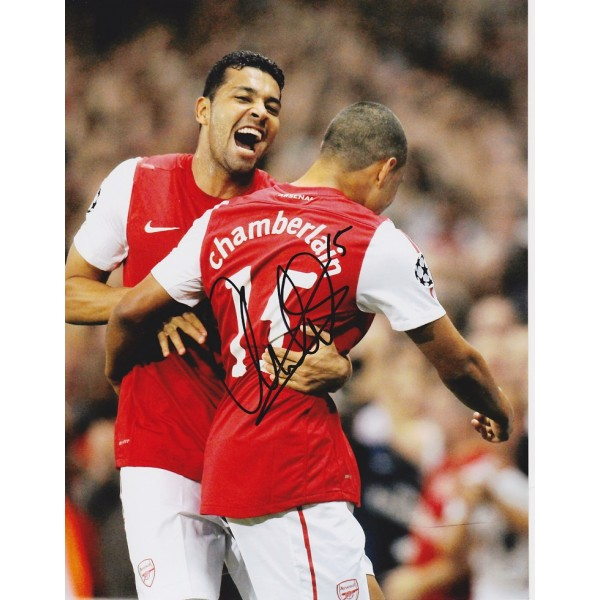 Alex Oxlade Chamberlain signed 10x8 Arsenal photo