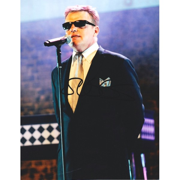 Suggs signed photo (Madness)